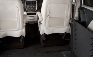 Chrysler Town & Country With VMI Summit Conversion - Specifications